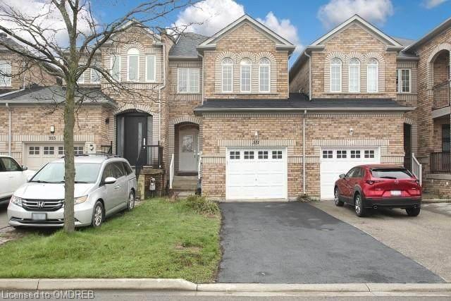 351 Deepsprings Crescent, Vaughan, ON L6A 3M5 (MLS #40107832) :: Envelope Real Estate Brokerage Inc.