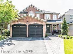 3448 Crompton Crescent, Mississauga, ON L5B 4C5 (MLS #40115137) :: Envelope Real Estate Brokerage Inc.
