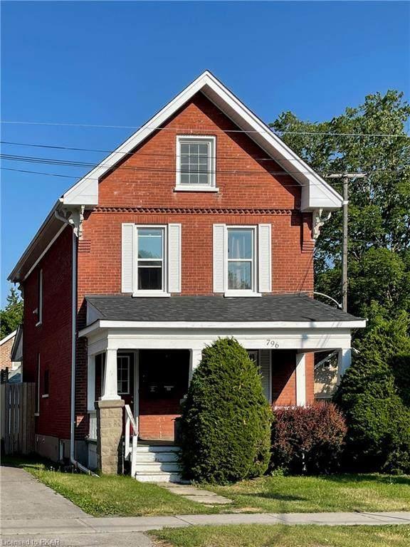 796 George Street N, Peterborough, ON K9H 3T5 (MLS #40125023) :: Envelope Real Estate Brokerage Inc.