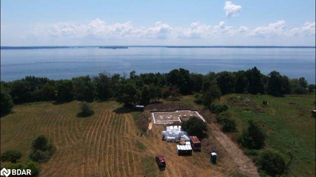 2476 Howe Island Drive, Gananoque, ON K7G 2V6 (MLS #40136922) :: Forest Hill Real Estate Collingwood