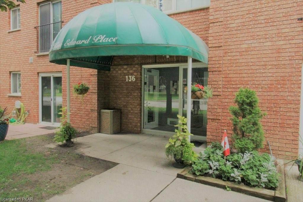 136 Ware Street - Photo 1