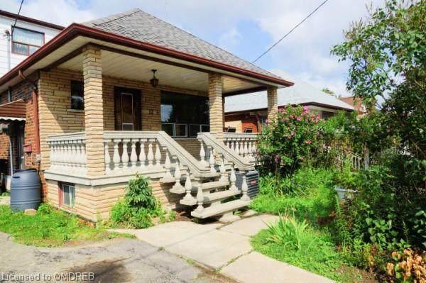 12 Sanderstead Avenue, Toronto, ON M6E 4X7 (MLS #40148359) :: Forest Hill Real Estate Collingwood