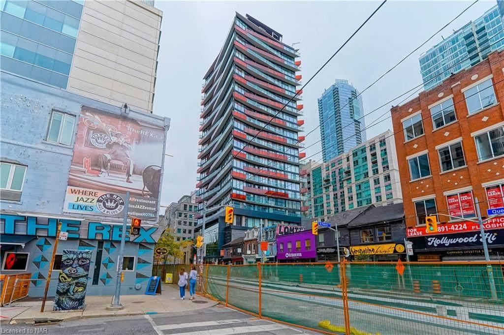 215 Queen Street - Photo 1