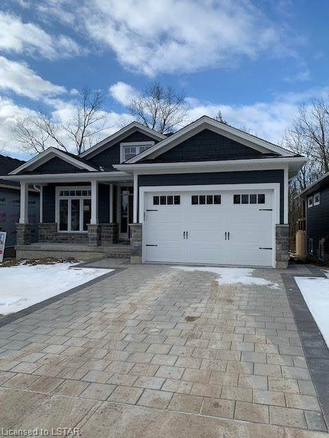 5 Creek Side Place, Grand Bend, ON N0M 1T0 (MLS #40043735) :: Sutton Group Envelope Real Estate Brokerage Inc.