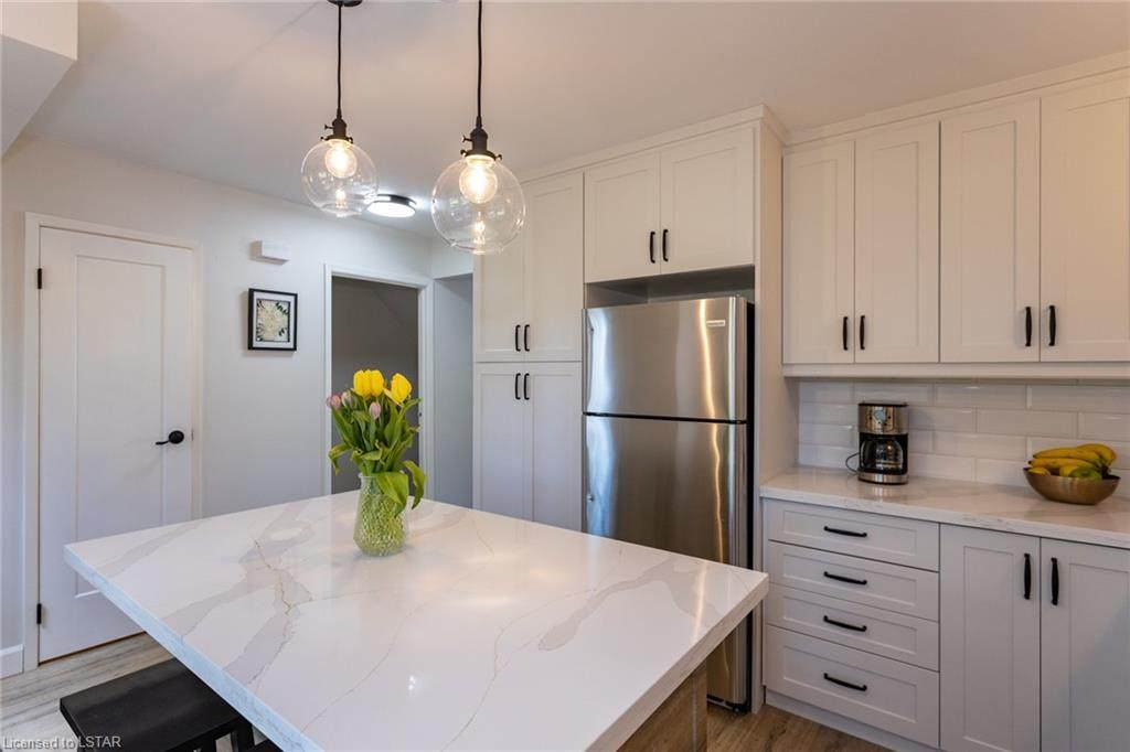 628 Wharncliffe Road - Photo 1