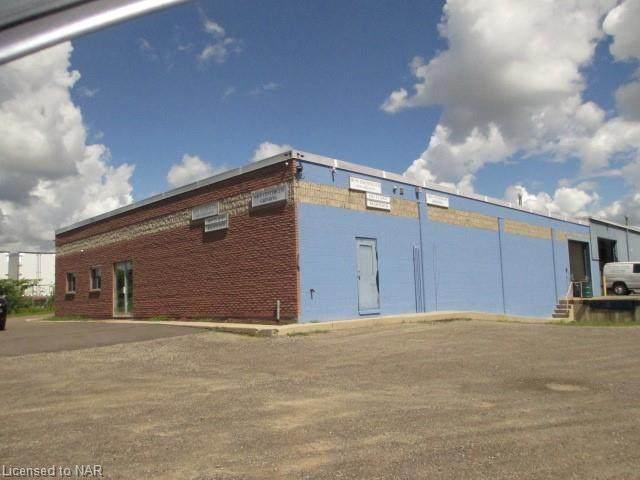 813 Cumberland Avenue, Burlington, ON L7N 3J7 (MLS #30808993) :: Sutton Group Envelope Real Estate Brokerage Inc.