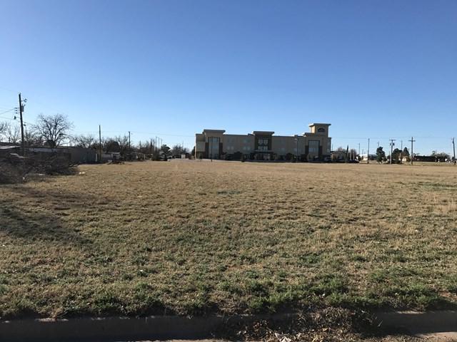 1110 NE 1st St, Andrews, TX 79714 (MLS #103542) :: Heritage Real Estate