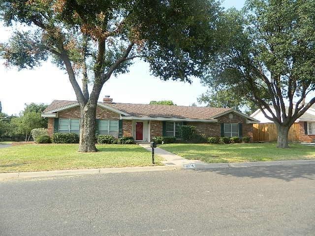 2828 Maxwell Dr, Midland, TX 79705 (MLS #106179) :: Heritage Real Estate
