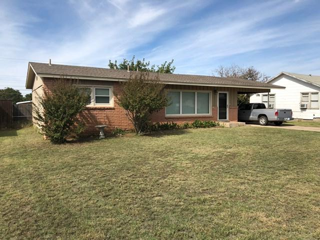 408 SW 15th St, Seminole, TX 79360 (MLS #106335) :: Heritage Real Estate