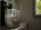 8401 Stonehurst Court - Photo 9