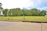 102 Landmark Drive - Photo 1