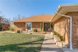 10505 Flamingo Avenue - Photo 2