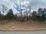 1304 Highland Drive - Photo 3