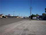1740 Green Avenue - Photo 10
