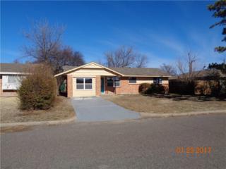 905 SW 4th Pl, Moore, OK 73160 (MLS #758666) :: Richard Jennings Real Estate, LLC
