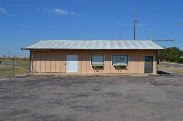 2004 W 7th, Elk City, OK 73644 (MLS #765306) :: Wyatt Poindexter Group