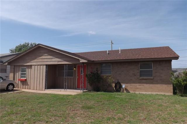 1109 Darla, Altus, OK 73521 (MLS #768898) :: Wyatt Poindexter Group