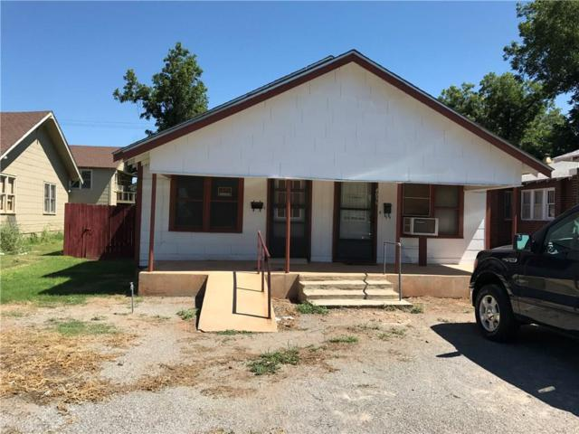 405 Commerce, Altus, OK 73521 (MLS #781471) :: Homestead & Co