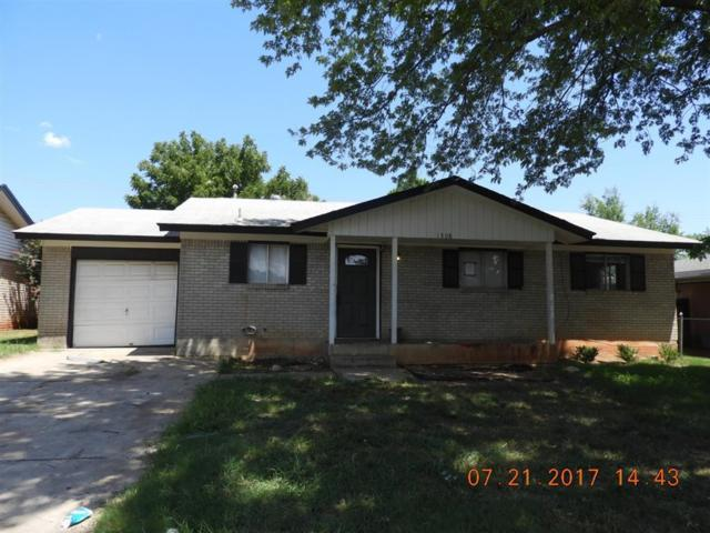 1308 N Nail Parkway, Moore, OK 73160 (MLS #783162) :: The Professionals Real Estate Group