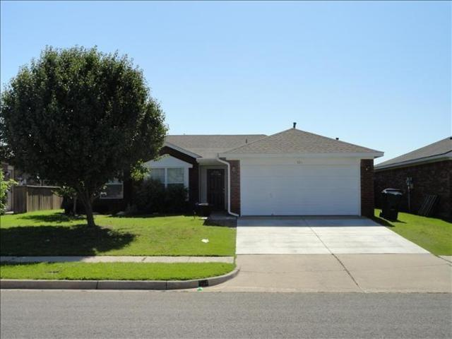 921 Kenwood, Norman, OK 73071 (MLS #783189) :: The Professionals Real Estate Group