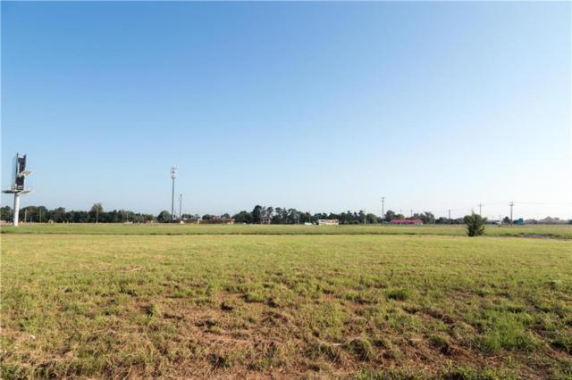 2107 Valley View, Weatherford, OK 73096 (MLS #787717) :: Wyatt Poindexter Group