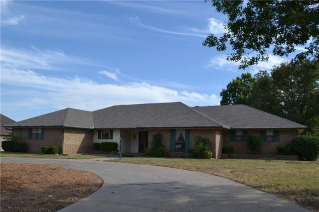 2303 Lakeside Circle, Shawnee, OK 74801 (MLS #791259) :: Wyatt Poindexter Group
