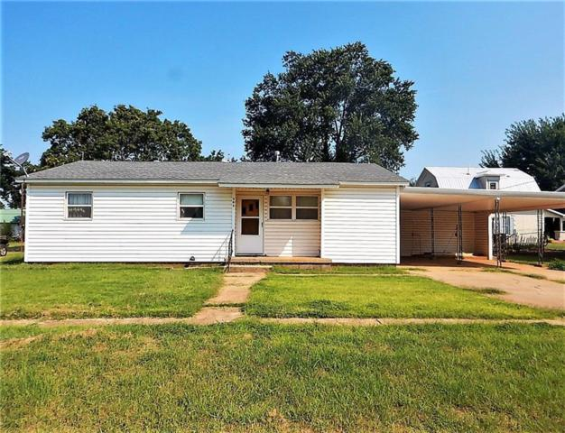 305 E Blaine Avenue, Cheyenne, OK 73628 (MLS #791528) :: Homestead & Co