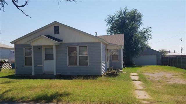 110 Shell, Elk City, OK 73644 (MLS #792266) :: Wyatt Poindexter Group