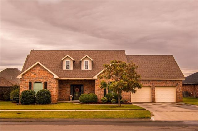 3300 Fairway, Weatherford, OK 73096 (MLS #793121) :: Wyatt Poindexter Group