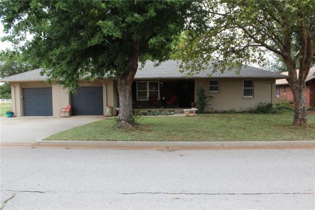 120 Elmwood, Elk City, OK 73644 (MLS #793181) :: Wyatt Poindexter Group