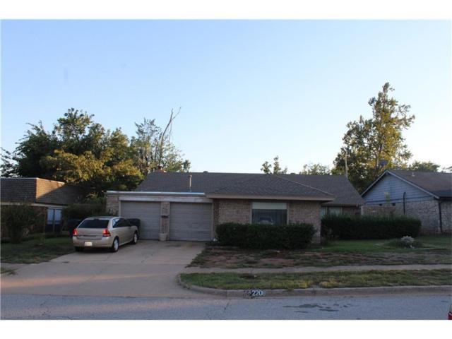 2208 NW 115th Street, Oklahoma City, OK 73120 (MLS #794697) :: Homestead & Co
