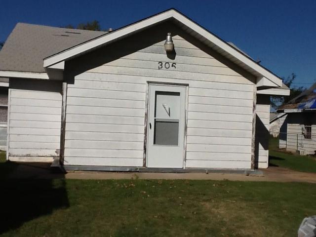306 Burt Street, Minco, OK 73059 (MLS #796511) :: Wyatt Poindexter Group