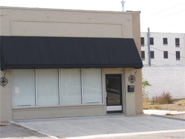 114 E Cypress Street, Altus, OK 73521 (MLS #796816) :: Wyatt Poindexter Group