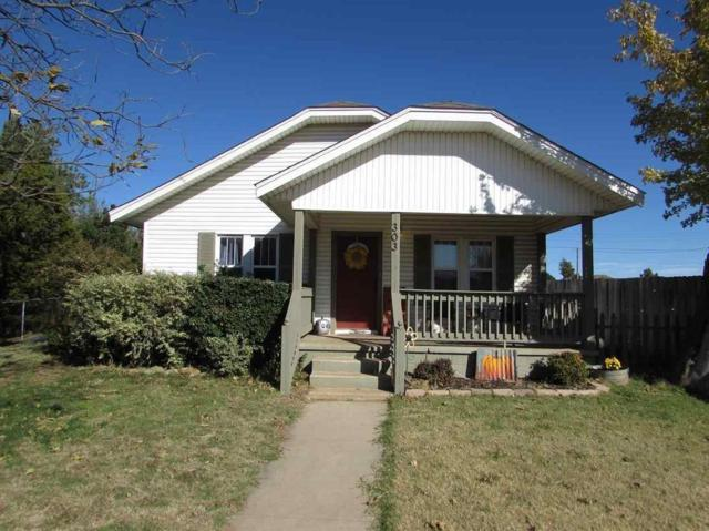 303 W Shields Street, Fletcher, OK 73541 (MLS #797480) :: Wyatt Poindexter Group