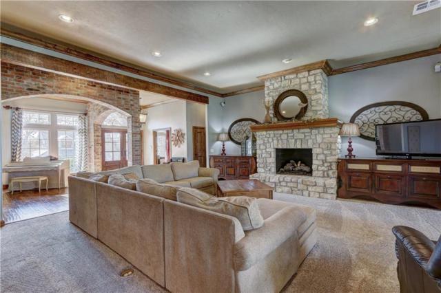 2308 Crestwood, Edmond, OK 73049 (MLS #798676) :: Homestead & Co