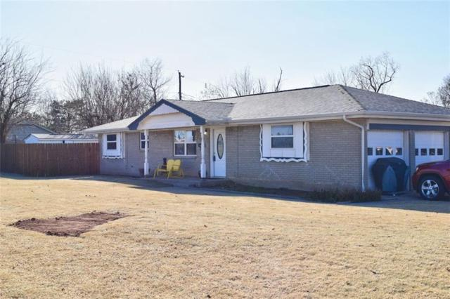 1301 S Broadway Avenue, Moore, OK 73160 (MLS #800800) :: Barry Hurley Real Estate