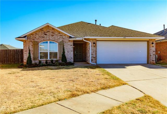 601 SW 38th Place, Moore, OK 73160 (MLS #801154) :: Homestead & Co