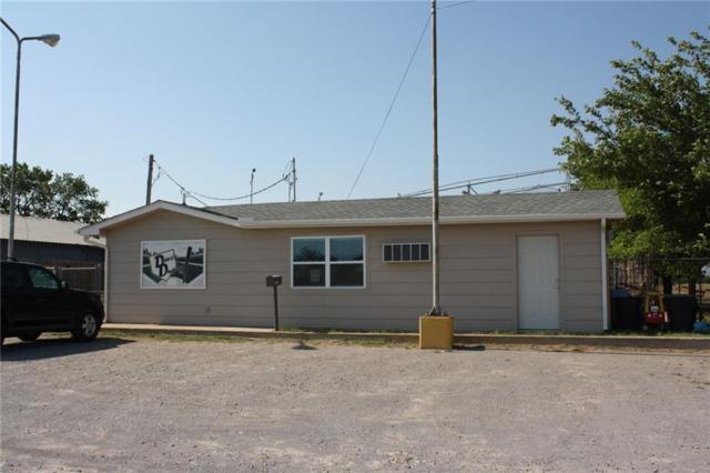 1403 Falcon, Altus, OK 73521 (MLS #801181) :: KING Real Estate Group
