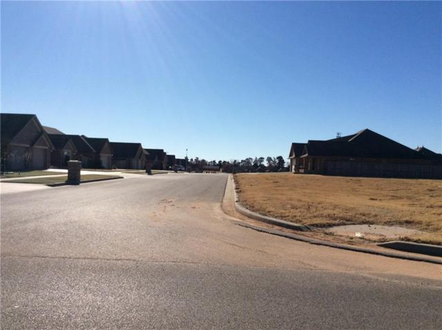 1305 N Chestnut Place, Weatherford, OK 73096 (MLS #801365) :: Homestead & Co
