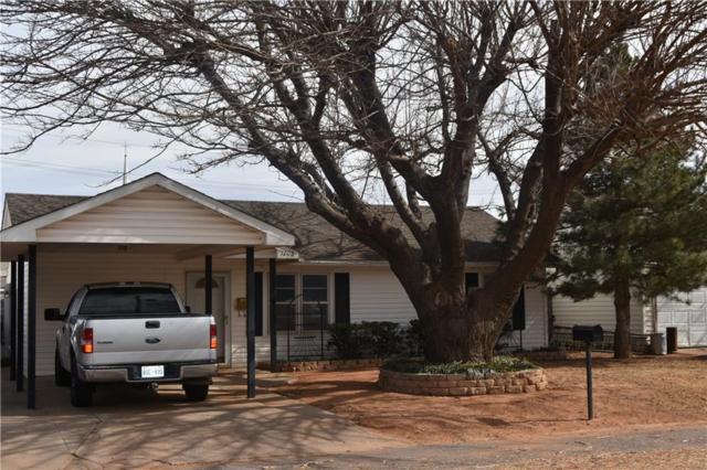 1208 Crestview Drive, Elk City, OK 73644 (MLS #801508) :: Wyatt Poindexter Group