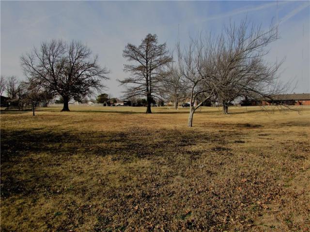 5620 NW Pioneer Circle, Norman, OK 73072 (MLS #801677) :: Wyatt Poindexter Group