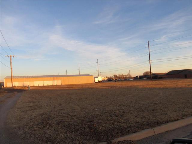 1201 Tamarack Rd, Altus, OK 73521 (MLS #802473) :: Homestead & Co