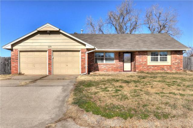 1219 W Huntington, Mustang, OK 73064 (MLS #802952) :: Erhardt Group at Keller Williams Mulinix OKC