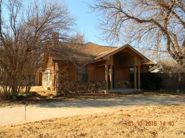 711 N Randall, Elk City, OK 73644 (MLS #803468) :: Wyatt Poindexter Group