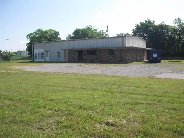 301 W Walnut, Tecumseh, OK 74873 (MLS #803887) :: Erhardt Group at Keller Williams Mulinix OKC