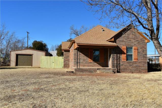617 N Adams, Elk City, OK 73644 (MLS #804648) :: Homestead & Co