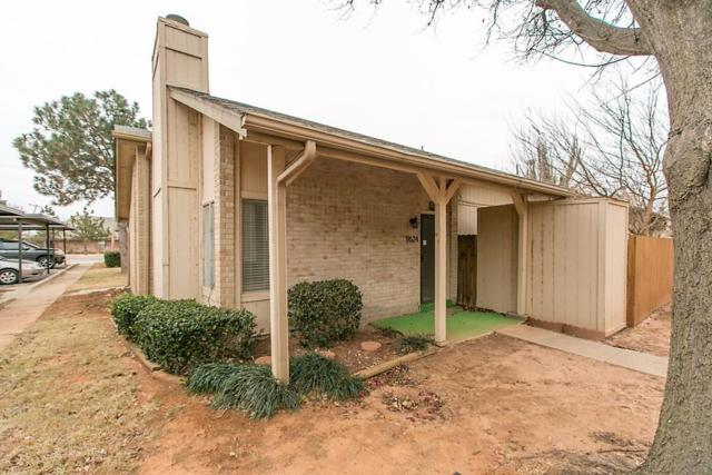 9624 Hefner Village Boulevard, Oklahoma City, OK 73162 (MLS #805051) :: Homestead & Co