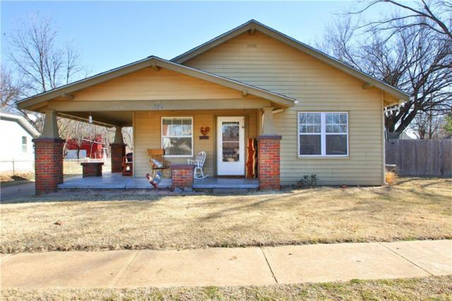 324 S Grand, Crescent, OK 73028 (MLS #805169) :: Wyatt Poindexter Group
