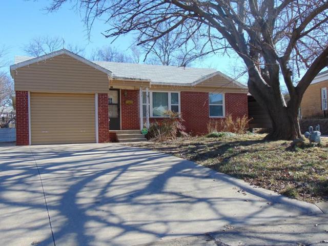 1308 Hillcrest, Pauls Valley, OK 73075 (MLS #805176) :: Wyatt Poindexter Group
