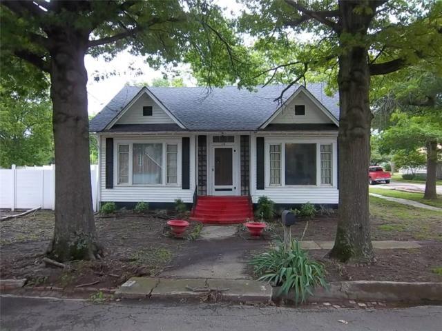 116 S 11th Street, Okemah, OK 74859 (MLS #805483) :: Wyatt Poindexter Group